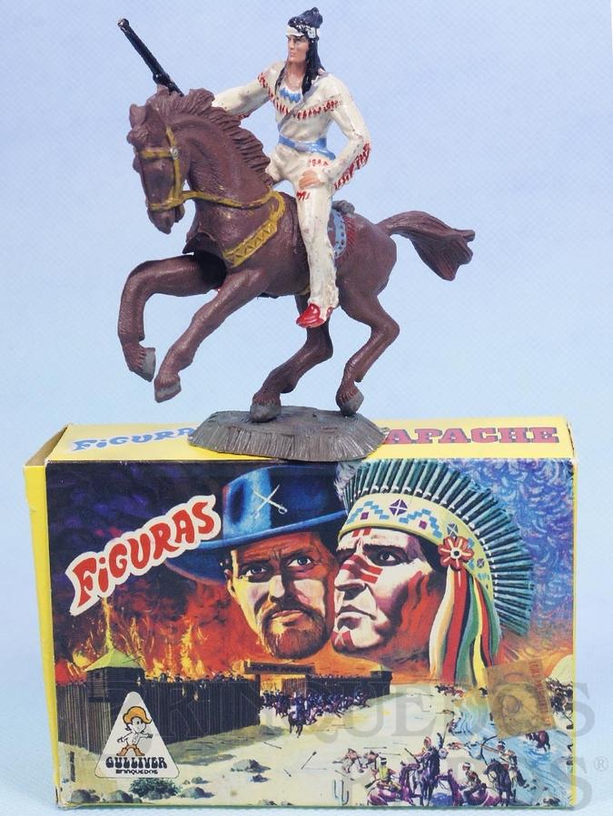 Brinquedo antigo Conjunto Índio com Rifle e cavalo Série Figuras Forte Apache perfeito estado 100% original Acompanha a Caixa Original Década de 1970
