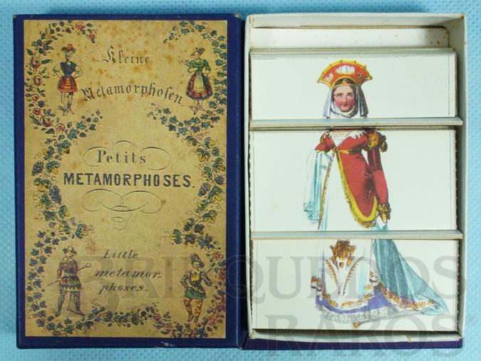 Brinquedo antigo Conjunto Petit Metamorphoses com inúmeras combinações de gravuras de trajes de época Século XIX