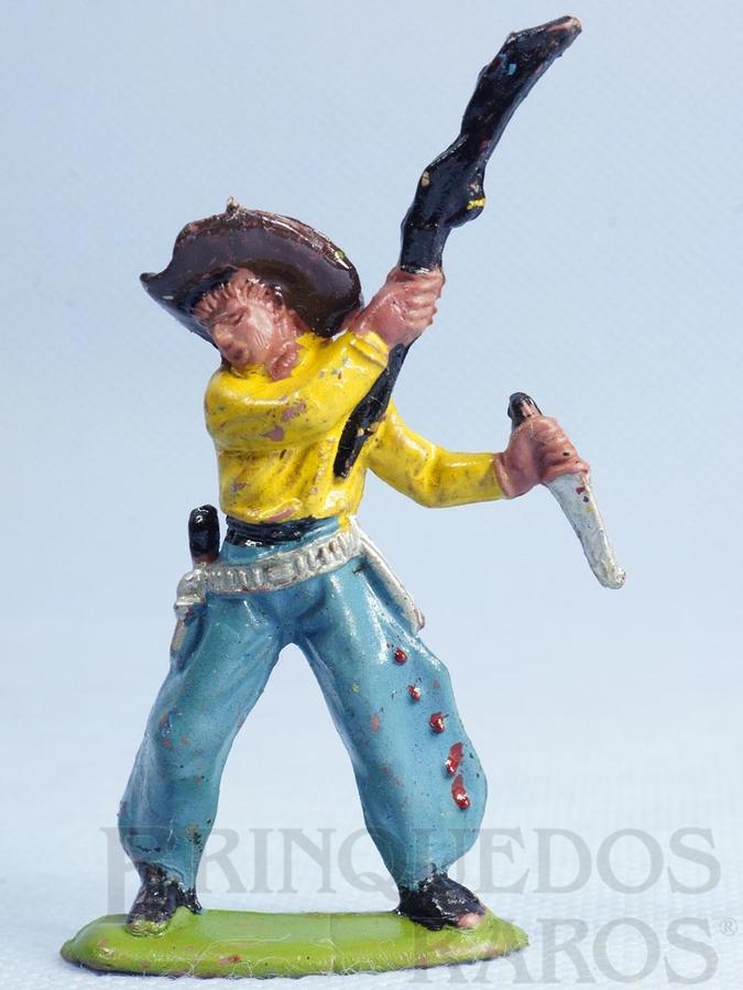 Brinquedo antigo Cowboy lutando com rifle e faca Casablanca Numerado 121 Década de 1970