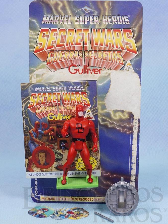 Brinquedo antigo Demolidor Secret Wars Completo com Escudo e Bastão acompanham Revista e Cartela Originais Ano 1986