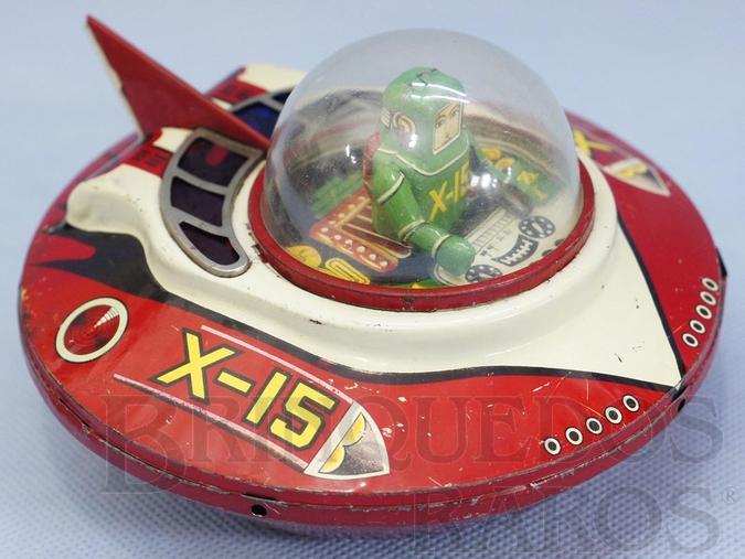 Brinquedo antigo Disco Voador X-15 com 15,00 cm de diâmetro Década de 1950