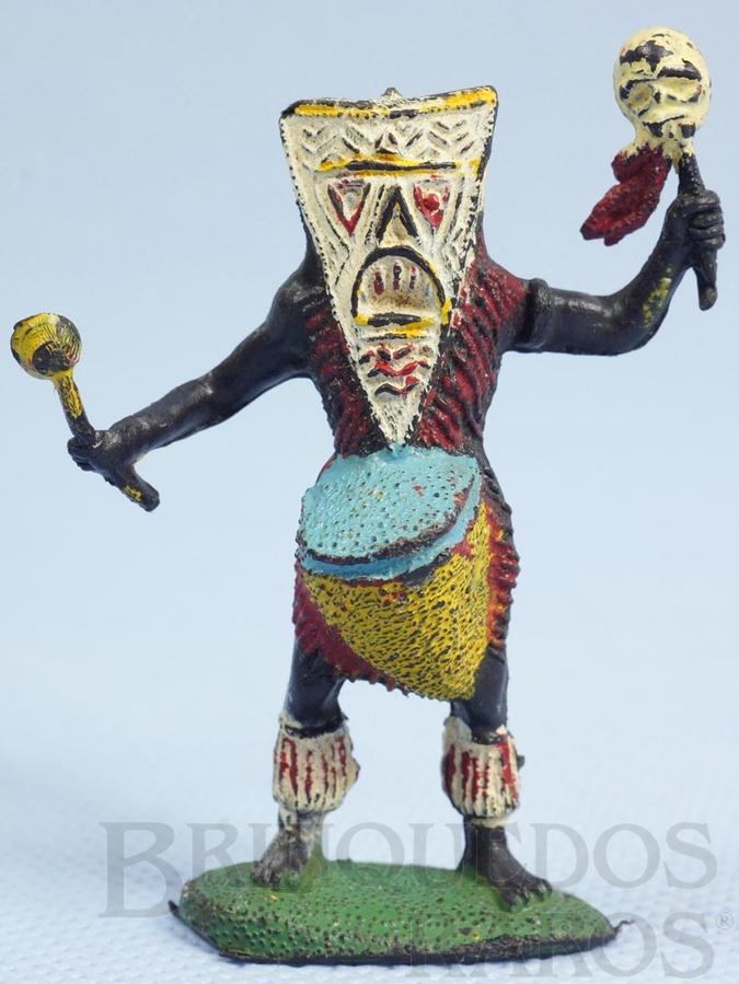 Brinquedo antigo Feiticeiro Série África Misteriosa tocando Tambor Década de 1970
