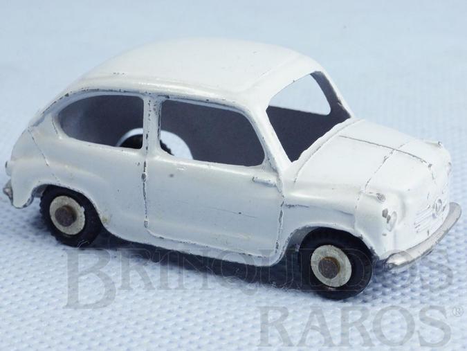 Brinquedo antigo Fiat 600 Década de 1960