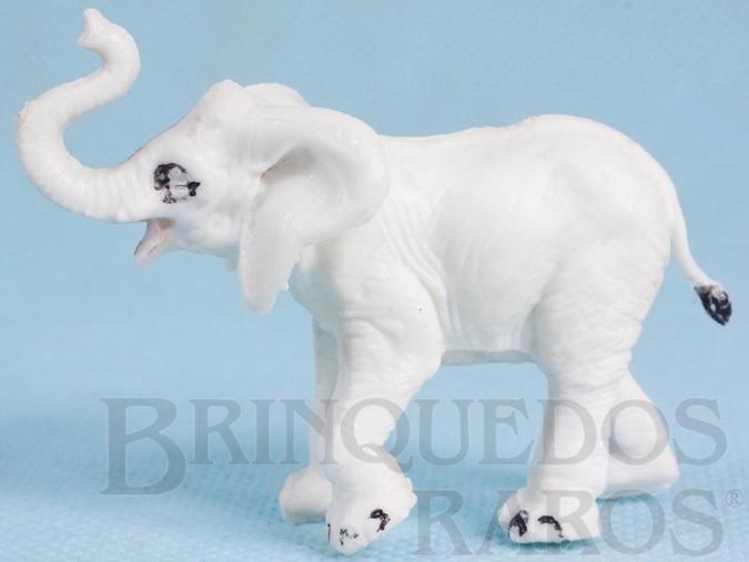 Brinquedo antigo Filhote de Elefante Série Zoológico injetado em duas peças cabeça e corpo Década de 1960