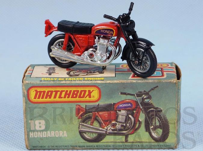 Brinquedo antigo Hondarora vermelha Superfast Década de 1960