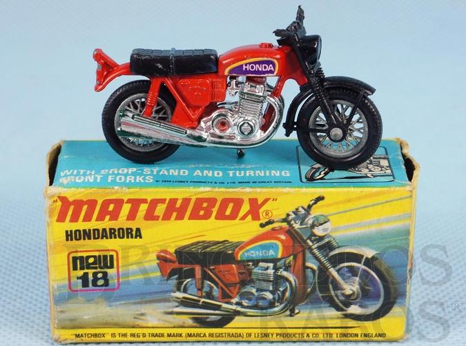 Brinquedo antigo Hondarora vermelha Superfast Década de 1970