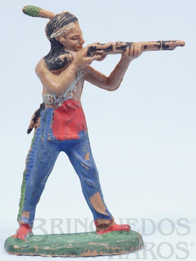Brinquedo antigo Índio de pé atirando com rifle Gulliver numerado 19 Década de 1970