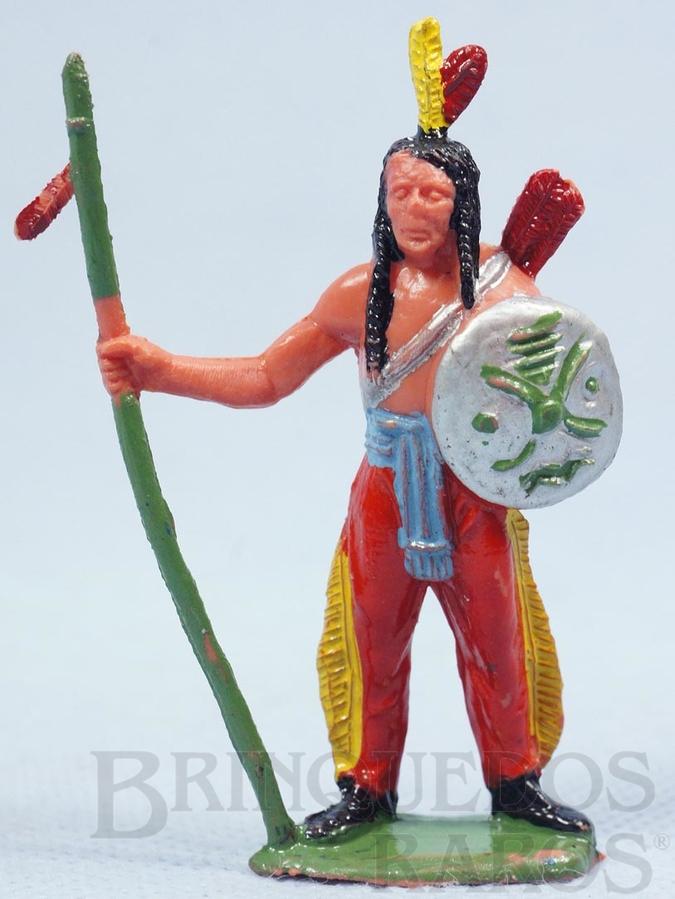 Brinquedo antigo Índio de pé com lança e escudo Casablanca numerado raspado Década de 1960