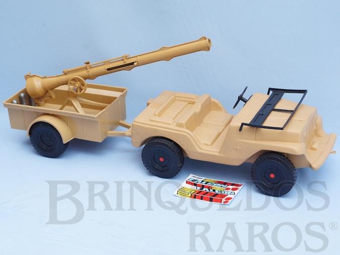 Brinquedo antigo Jipe do Falcon Jeep Willys bege com Carreta Canhão e Balas Série 1979 Acompanha Réplica dos Adesivos