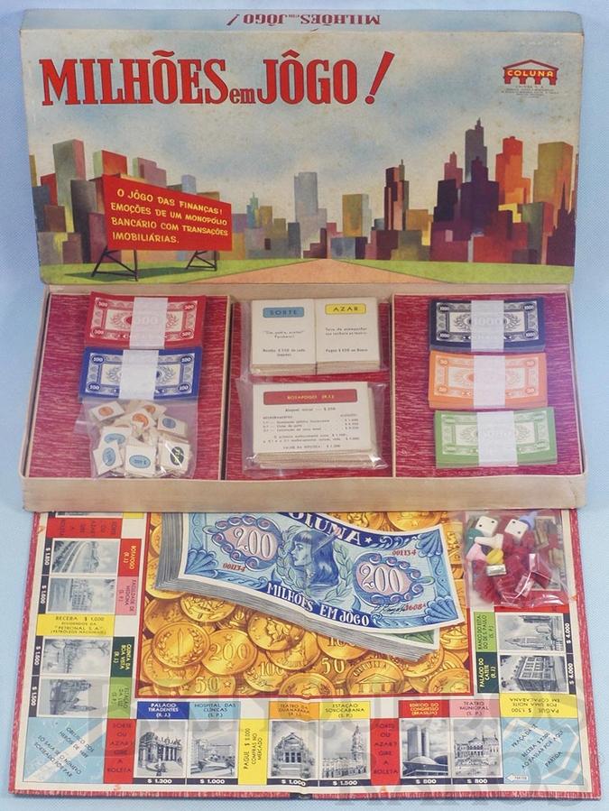 Brinquedo antigo Jogo Milhões em Jogo versão do Banco Imobiliário completo Década de 1960