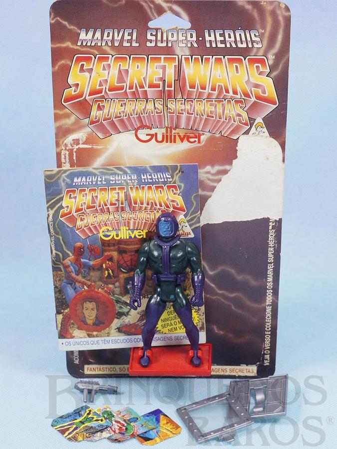 Brinquedo antigo Kang o Conquistador Secret Wars Completo com Escudo e Arma acompanham Revista e Cartela Originais Ano 1986