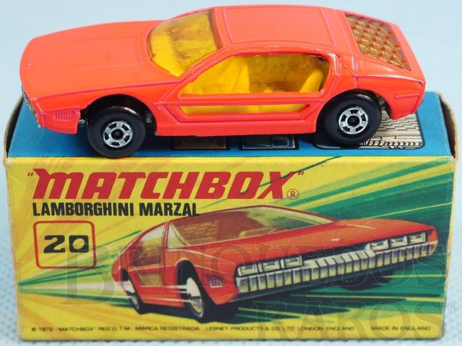 Brinquedo antigo Lamborghini Marzal Superfast salmão