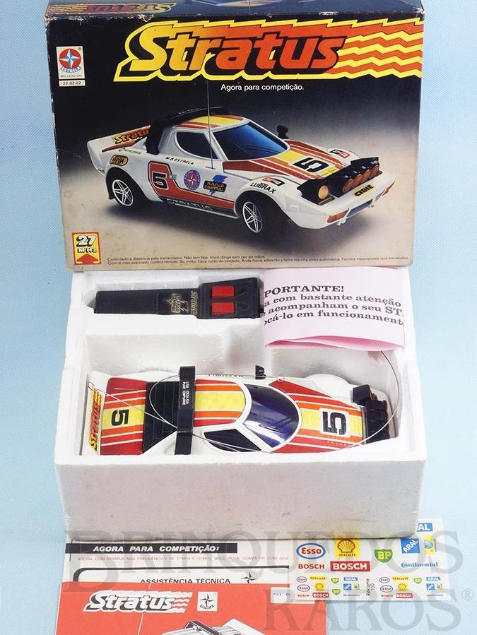 Brinquedo antigo Lancia Stratus com 28,00 cm de comprimento Rádio Controle 27 Mhz Série Competição Ano 1980