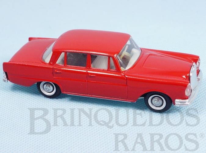 Brinquedo antigo Mercedes Benz 220 SE Década de 1960
