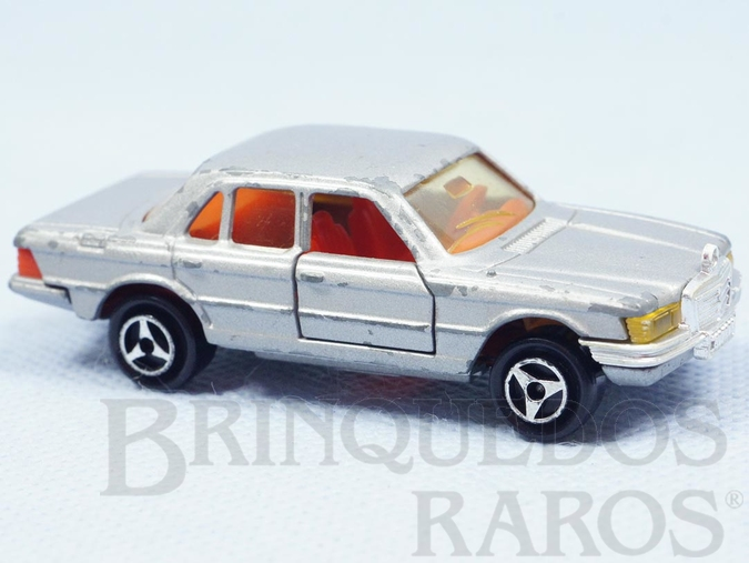 Brinquedo antigo Mercedes Benz 450 SE prata Década de 1980
