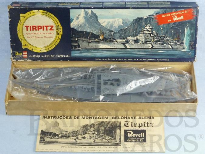 Brinquedo antigo Navio Couraçado Tirptz caixa dura Ano 1964