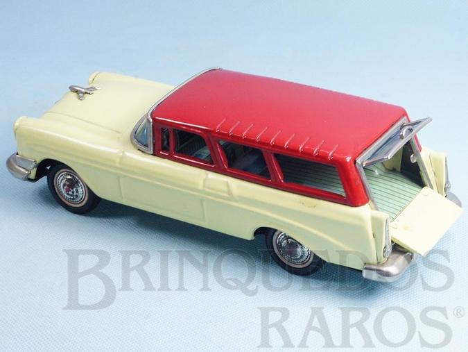 Brinquedo antigo Perua Chevrolet Nomand Station Wagon 1956 com 25,00 cm de comprimento Década de 1960