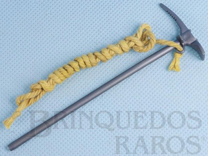 Brinquedo antigo Picareta de Alpinista com corda do Boneco Loiro com Barba Edição 1979