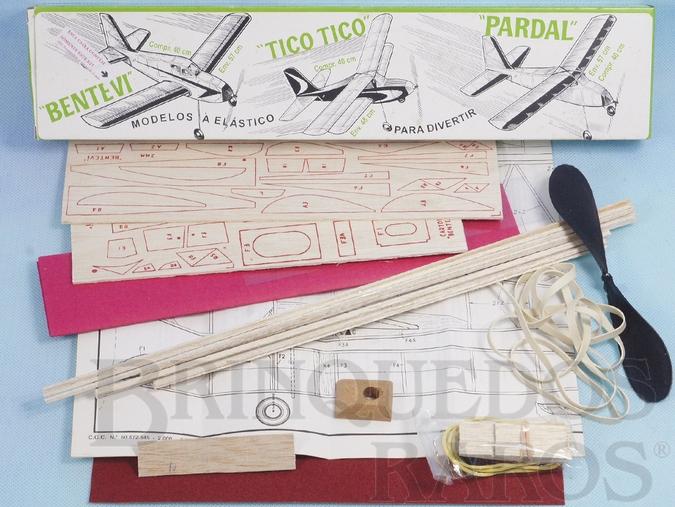 Brinquedo antigo Avião Bentevi de madeira balsa entelada com 57,00 cm de envergadura 100% completo perfeito estado Década de 1990