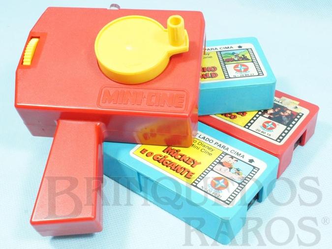 Brinquedo antigo Projetor Mini Cine com 3 filmes Ano 1981