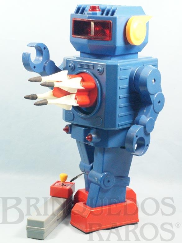 Brinquedo antigo Robot com Foguetes no Peito com 43,00 cm de altura Década de 1970