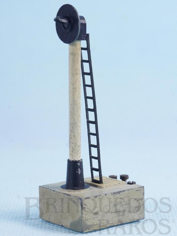 Brinquedo antigo Sinaleiro de linha com uma lâmpada Sistema Trix Twin com 7,00 cm de altura Década de 1950