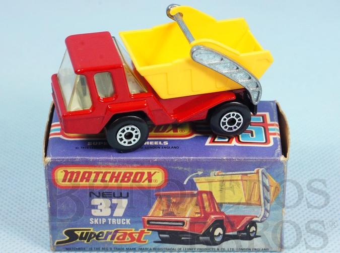 Brinquedo antigo Skip Truck Superfast