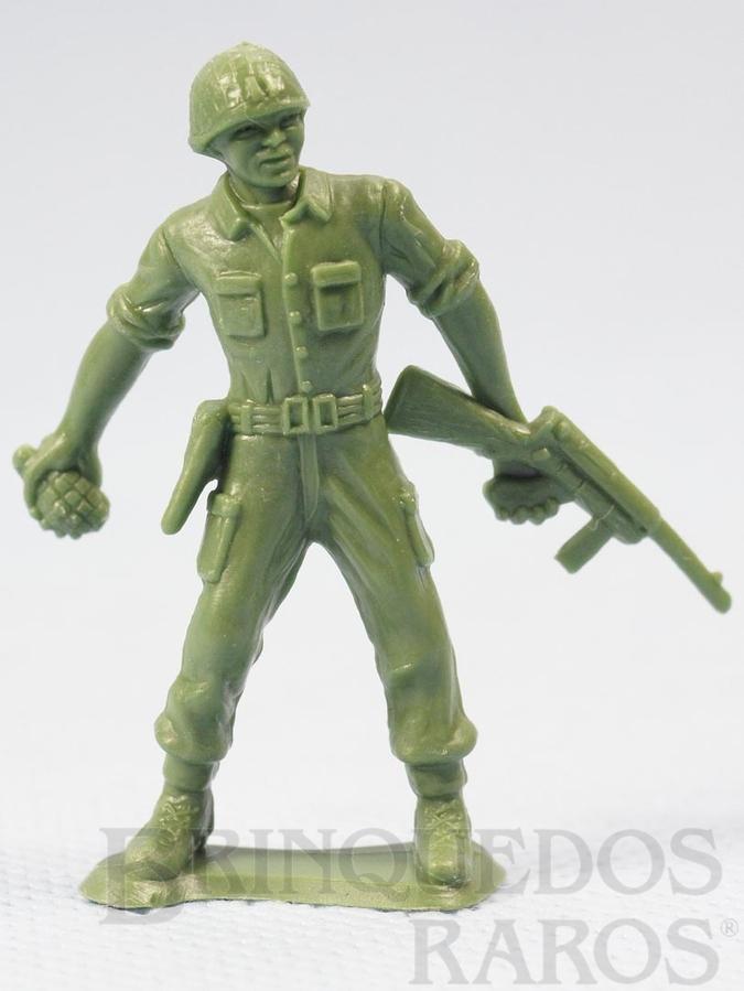 Brinquedo antigo Soldado americano atirando Granada Figura Matriz de soldado do Brinde Toddy Década de 1960