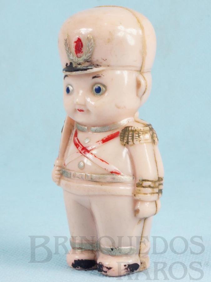 Brinquedo antigo Soldado Chocalho com 9,00 cm de altura Coleção Miguel Cerrato Década de 1950