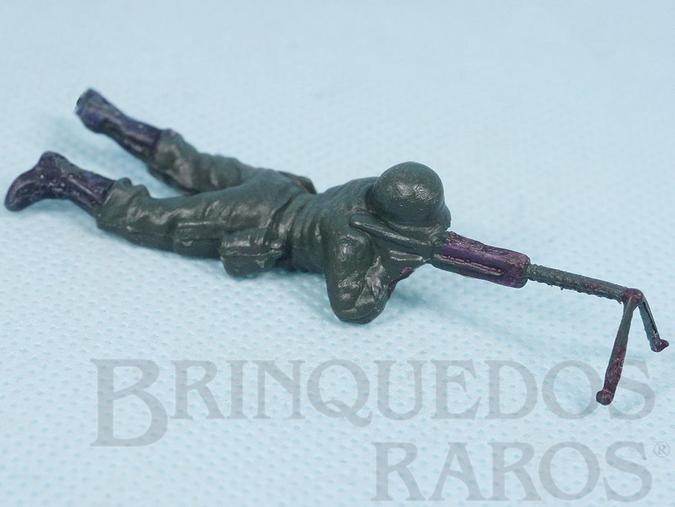 Brinquedo antigo Soldado com metralhadora Uniforme Alemão da Segunda Guerra Mundial Década de 1970