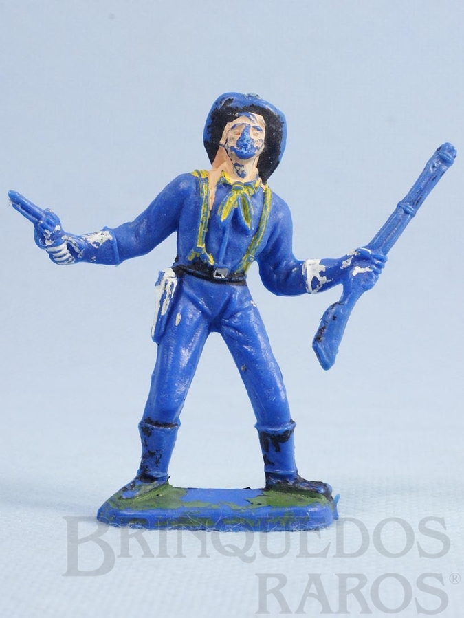 Brinquedo antigo Soldado da Sétima Cavalaria de pé com rifle e revolver