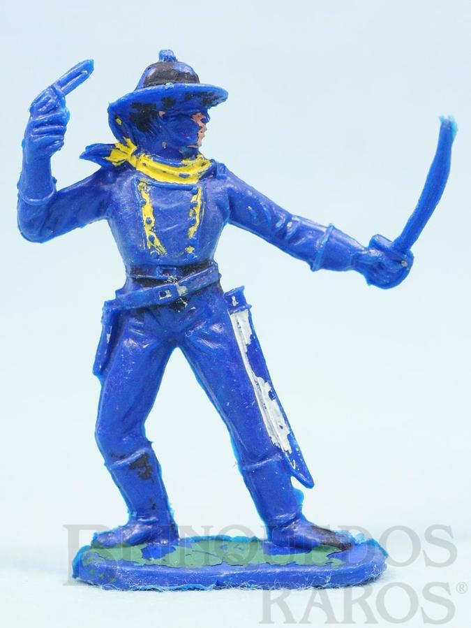 Brinquedo antigo Soldado da Sétima Cavalaria de pé com sabre e revolver