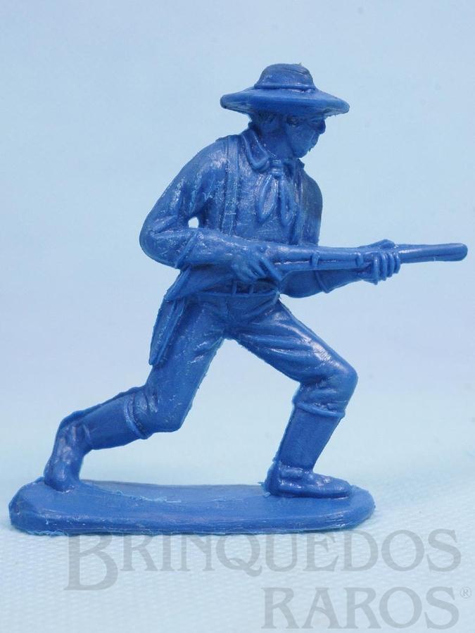 Brinquedo antigo Soldado da Sétima Cavalaria avançando com rifle Plástico azul Década de 1980