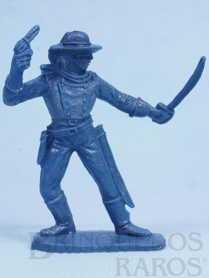 Brinquedo antigo Soldado da Sétima Cavalaria de pé com sabre e revolver Plástico azul Década de 1970