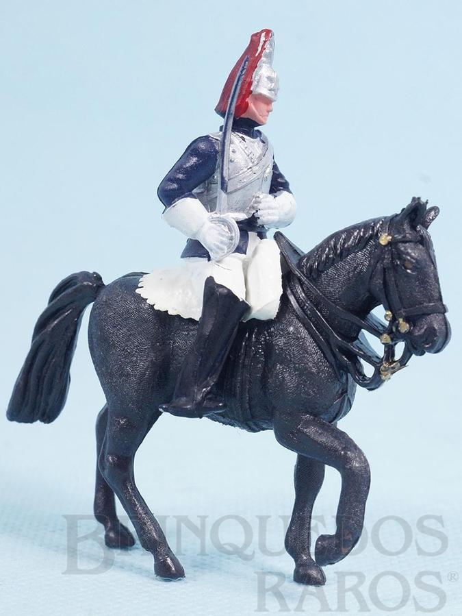 Brinquedo antigo Soldado Lifeguard a cavalo com espada Década de 1970