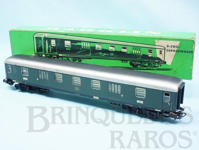 Brinquedo antigo Vagão Carro de Passageiros Bagagens verde número 4026 Década de 1960