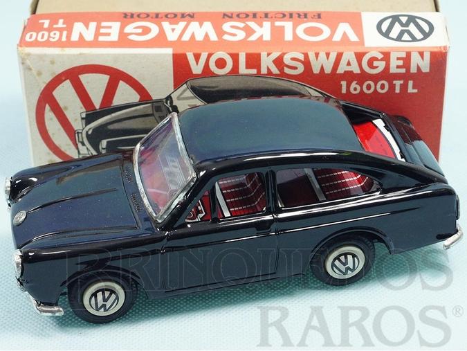 Brinquedo antigo Volkswagen 1600 TL com 18,00 cm de comprimento preto Década de 1970