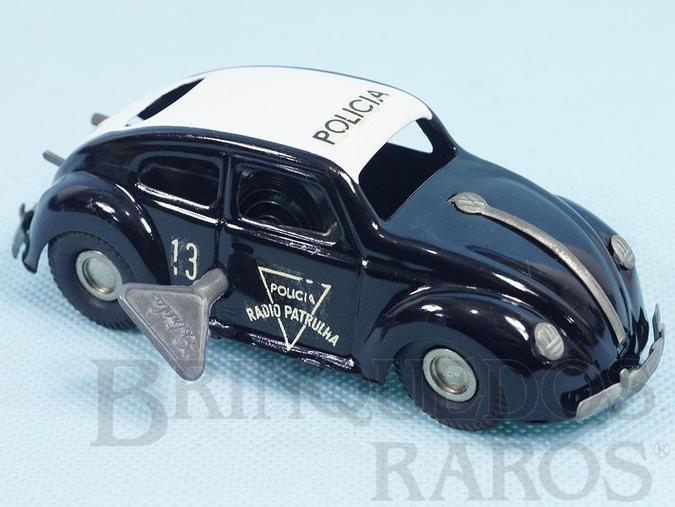 Brinquedo antigo Volkswagen Sedan Polícia Rádio Patrulha com 12,00 cm de comprimento Ano 1963