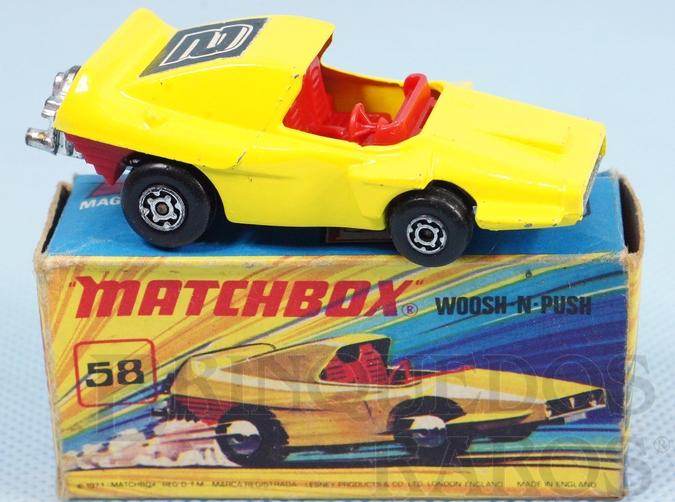 Brinquedo antigo Woosh-N-Push Superfast amarelo Number 2 Label